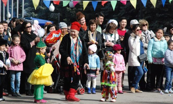Как регулируется пребывание граждан Казахстана в России