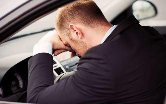 Лишение водительского удостоверения: причины, сроки, процедура возврата