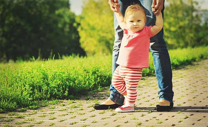 Где и как правильно вписать ребенка в паспорт РФ родителей через госуслуги